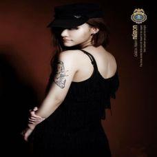 气质美女艺术纹身图片