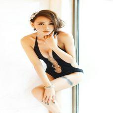 性感美腿美女个性纹身图片