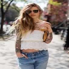 欧美时尚美女手臂纹身图片