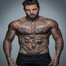 欧美型男个性纹身图片