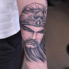 男人纹身半臂图片图案