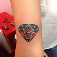 手腕创意钻石纹身图案