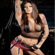 欧美狂野美女纹身图片