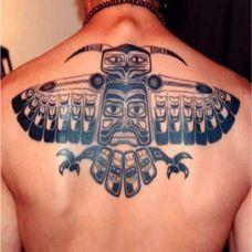 背部时尚纹身图片