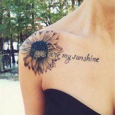 锁骨向日葵花纹身图案