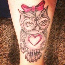 可爱迷人猫头鹰纹身图案