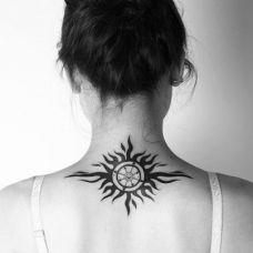 太阳图腾纹身女生图集