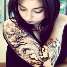 纹身美女独特诱惑
