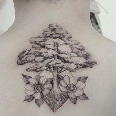 松树纹身图片个性图案素材