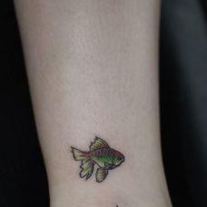 鱼类纹身图片个性图案