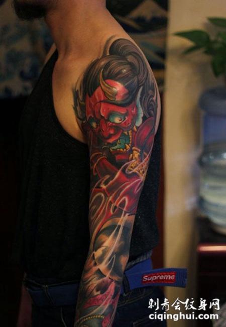 个性彩绘般若花臂纹身图案