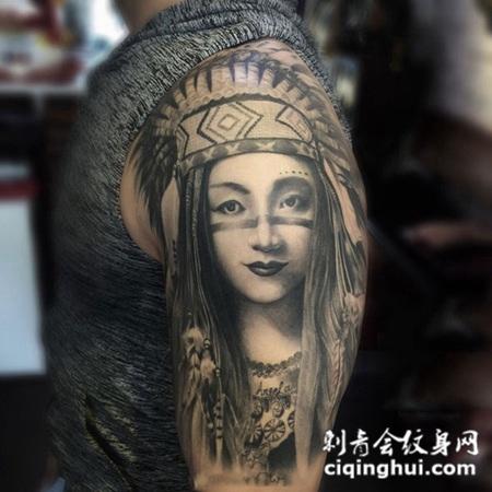 娇俏可人,手臂部落少女肖像纹身