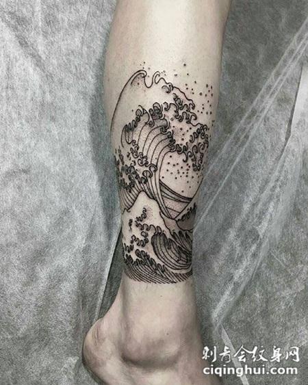 脚踝个性海浪纹身图案