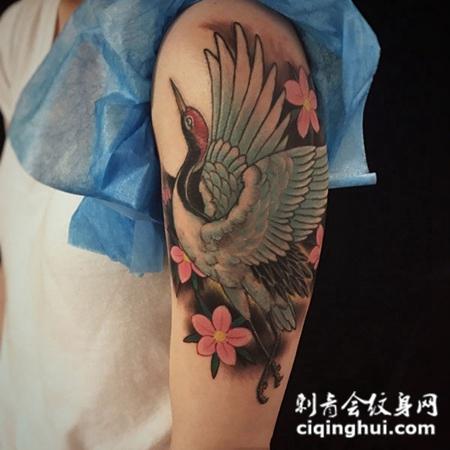 飞鹤翔天,手臂丹顶鹤彩绘纹身