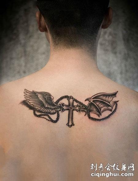 后背个性天使十字架纹身图案