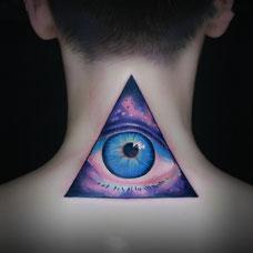 神圣之眼,颈部星空全视之眼彩绘纹身