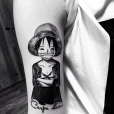 海贼王路飞,手臂个性卡通纹身图案