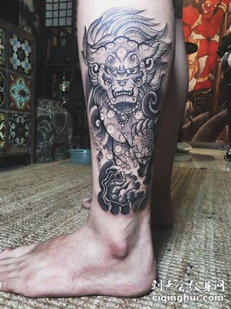 腿部霸气唐狮纹身图案