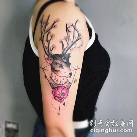 手臂彩绘唯美麋鹿纹身图案