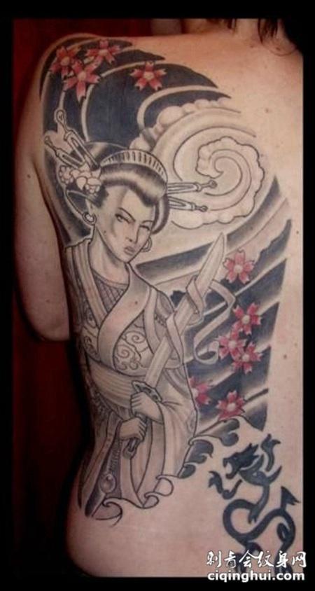 背部艺妓纹身手稿图片