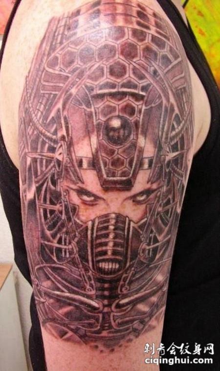 大臂恶魔机械纹身