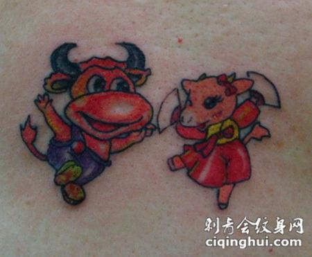 卡通牛纹身