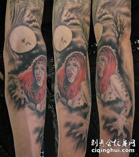 胳膊上的红发美女纹身图案图片