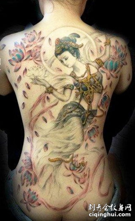 满背敦煌神女莲花纹身图案