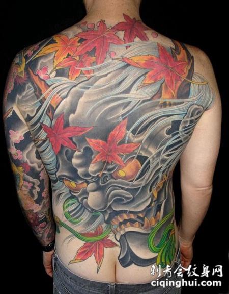 满背枫叶般若纹身图案