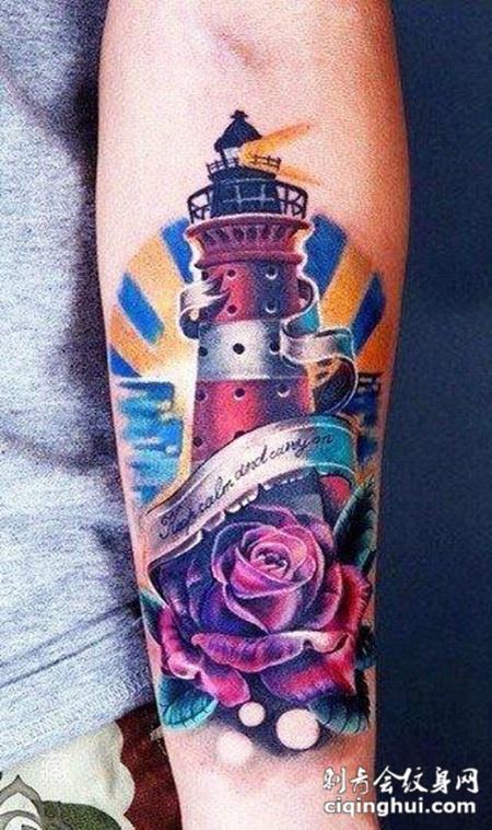 小臂上的玫瑰纹身图案