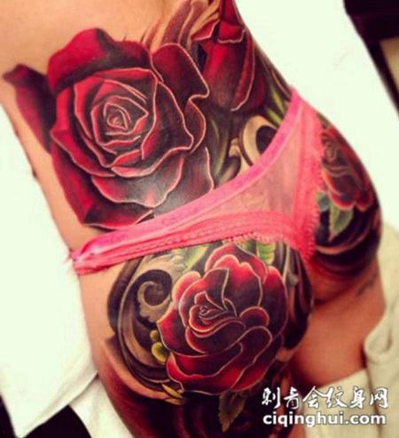 后腰上的玫瑰花纹身图案