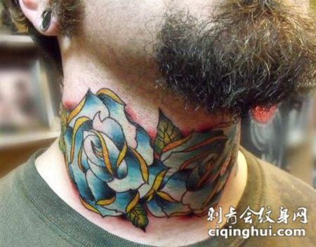 脖子上的玫瑰花纹身图案