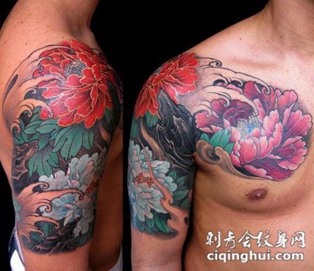 半胛牡丹花纹身图案