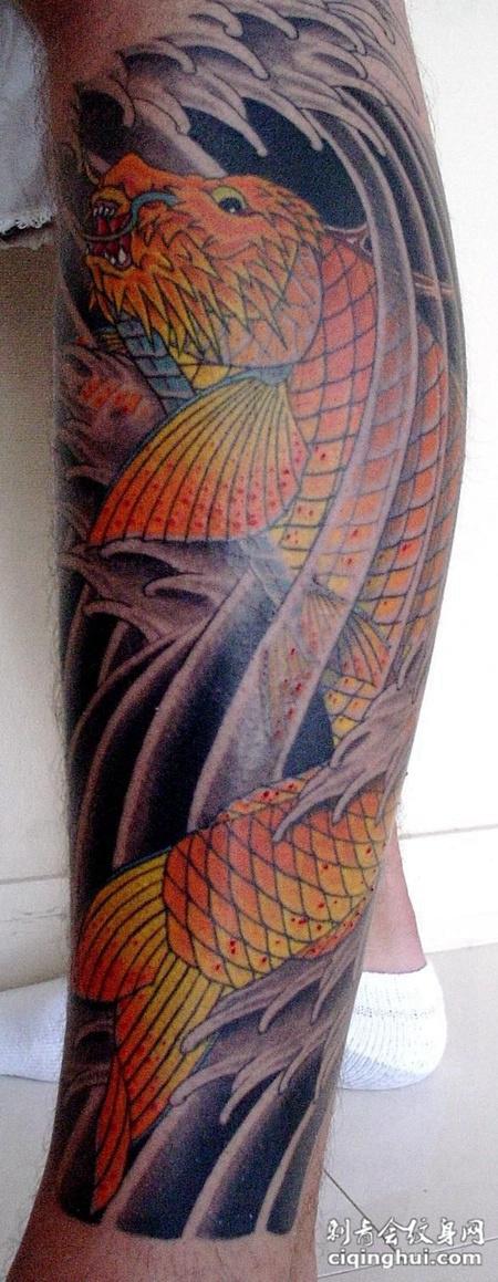 小腿上的鳌鱼纹身图案