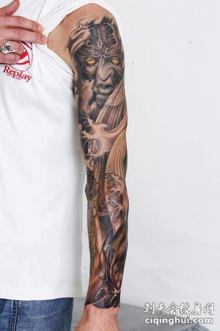 花臂鲤鱼恶鬼纹身团图片