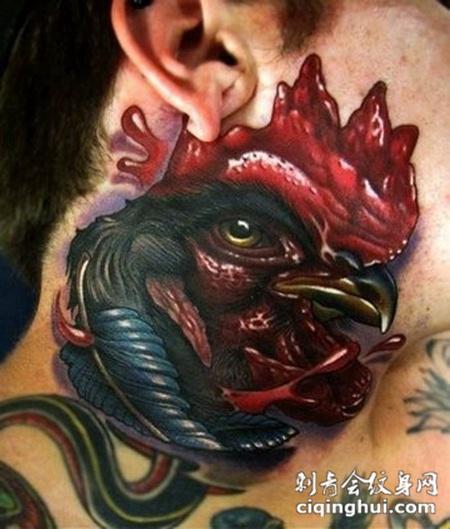 脖子上的公鸡纹身图案