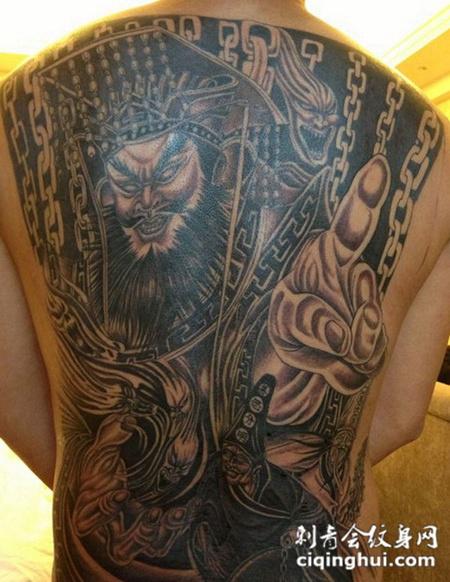 满背阎王纹身图案
