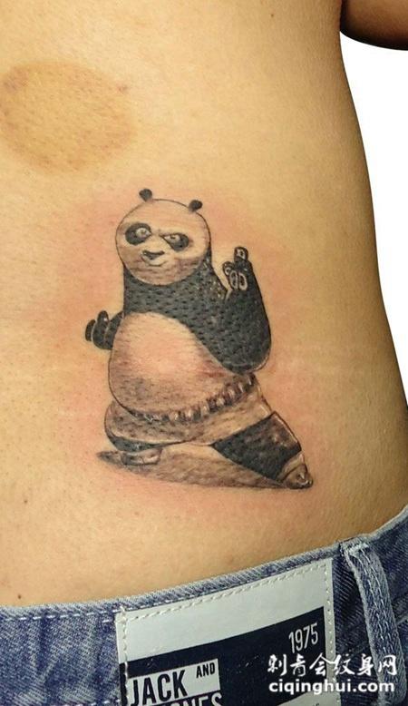您可能还会喜欢忧伤中的小熊猫纹身或者小臂上的熊猫纹身.