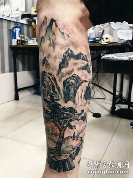 山水如画,腿部山水纹身图案