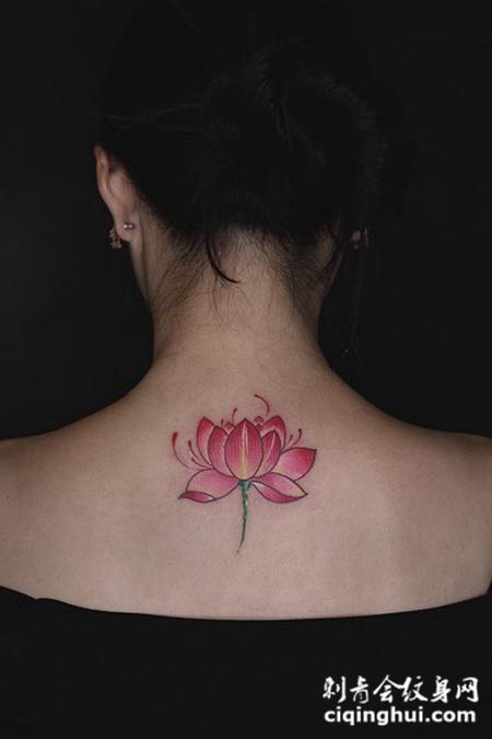 清荷幽香,后背莲花彩绘纹身图案