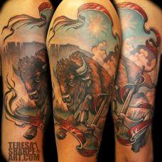胳膊上的野牛纹身