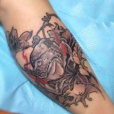 招财进宝,腿部招财金蟾纹身图案