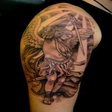 大臂圣战天使纹身图案