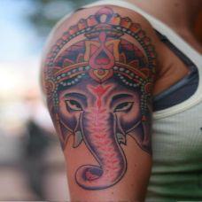 大臂象神纹身图案