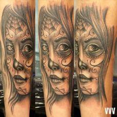 小臂上的deadgirl女孩纹身图案