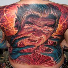 满背狰狞的恶魔纹身图案