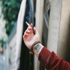 手腕上的文字纹身图案