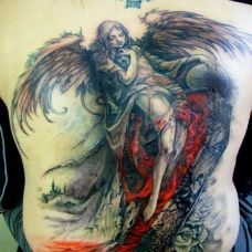 满背天使纹身图案