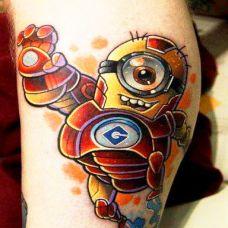 小腿上的小黄人纹身图案
