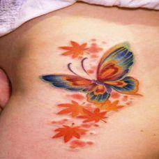 枫叶蝴蝶纹身图案